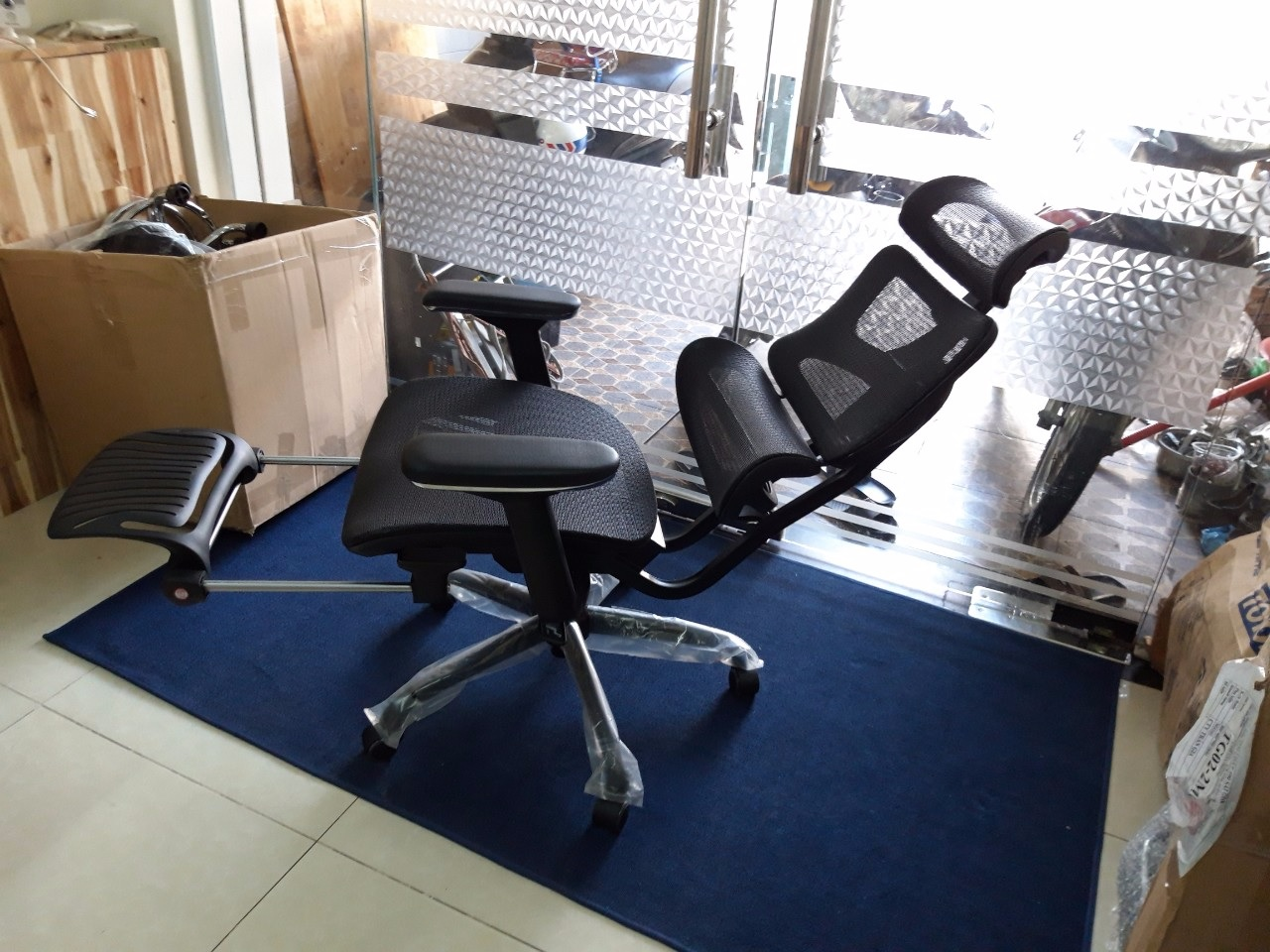 Ghế lưới văn phòng có gác chân tg4187